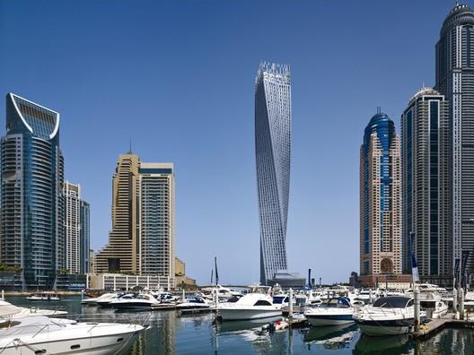 Cayan Tower en Dubai. Imagen © Tim Griffith / SOM