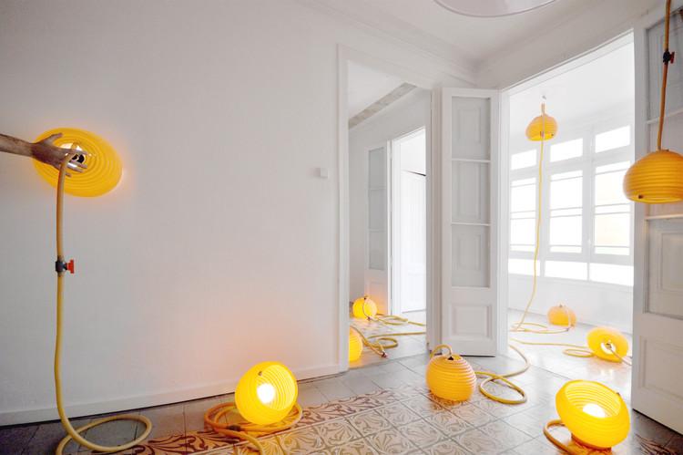 XIS_lamp utiliza el látex para manipular la luz de una forma simple, intuitiva y maleable, © Jean CRAIU