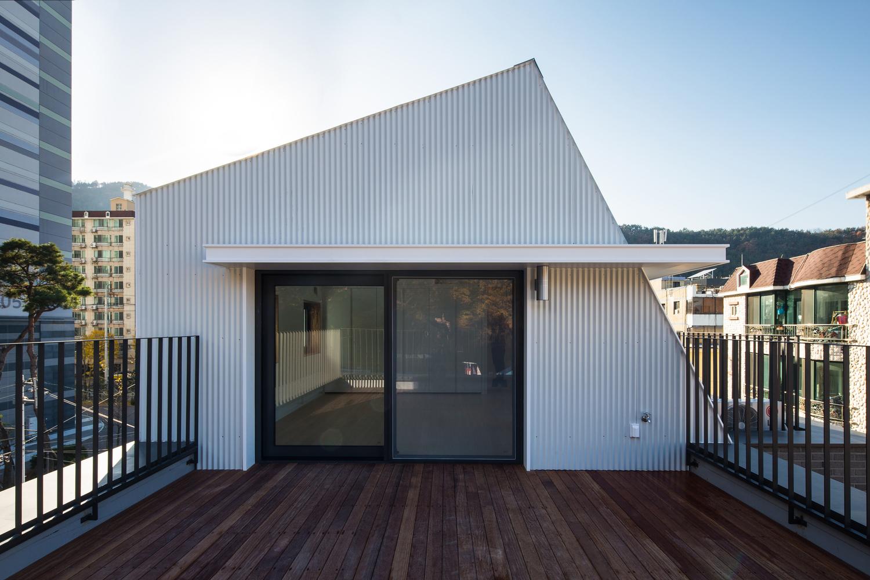 Smart Haus gallery of piccolo haus smart architecture 12