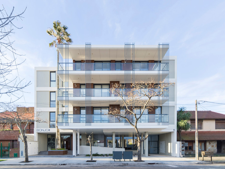 Mio Building Bonjo III / Estudio Moirë arquitectos, © Ramiro Sosa