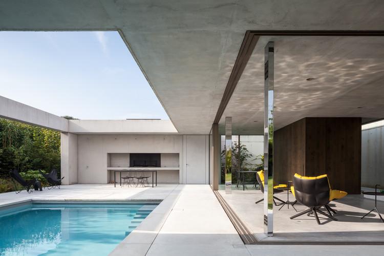 Poolhouse O / Steven Vandenborre, © Tim Van de Velde