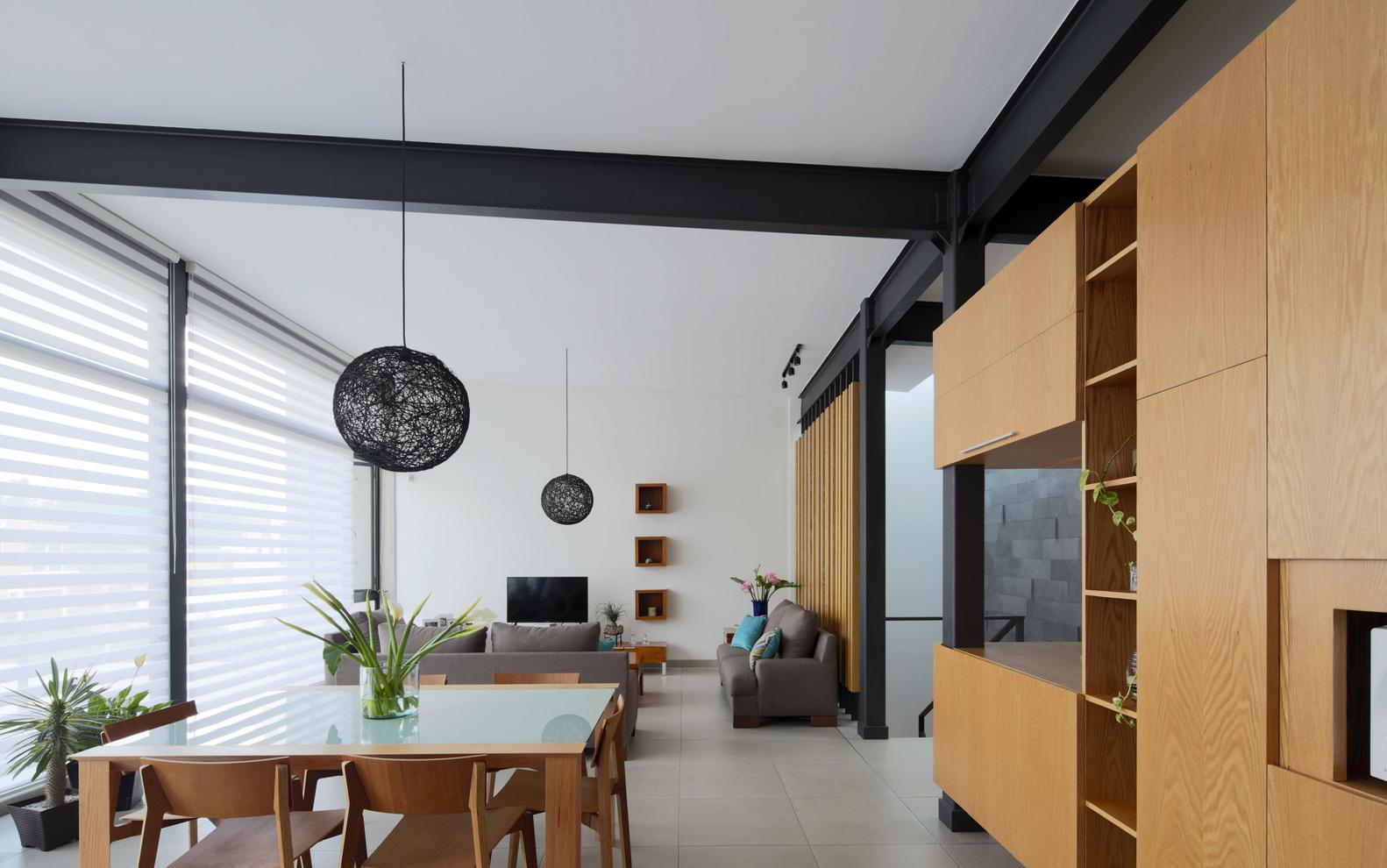 Gallery of Casa Milán / BCA Taller de Diseño - 1
