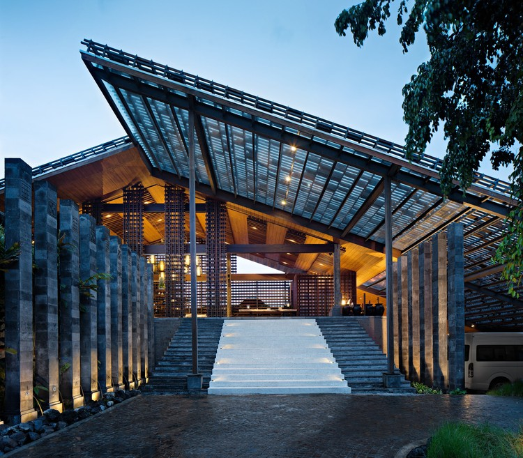 The Santai  / Antony Liu + Architects + Studio TonTon, © Mario Wibowo