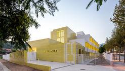Secondary School in Cabrils / Josep Val Ravell + Arnau Solé Simón