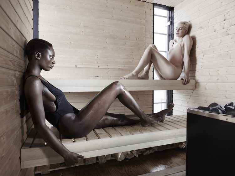 Arquitectura al desnudo: 15 imágenes del cuerpo humano en espacios de sanación , © Kevin Scott