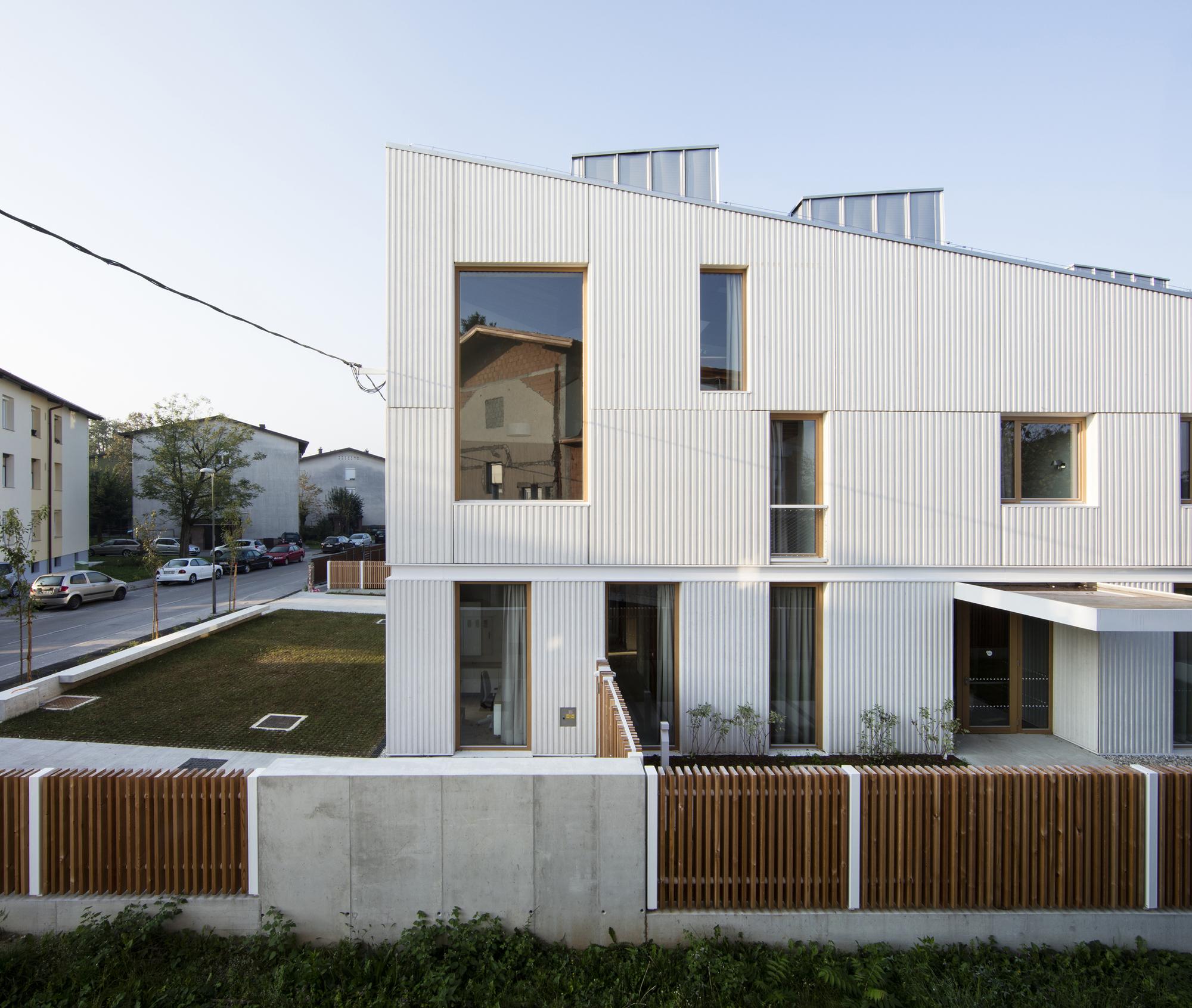 Mother's Home Ljubljana / Jereb in Budja arhitekti