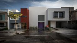 Casa Mora / LR Arquitectura