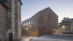 Village Center of Ecouflant / Studio d'Architecture Bruno Huet