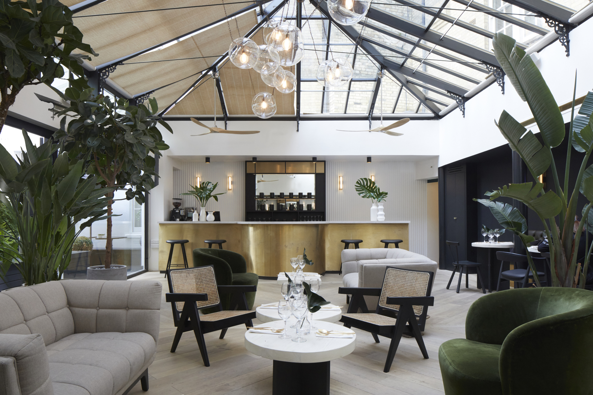 Mychelsea boutique hotel design haus liberty archdaily for Hotel design london