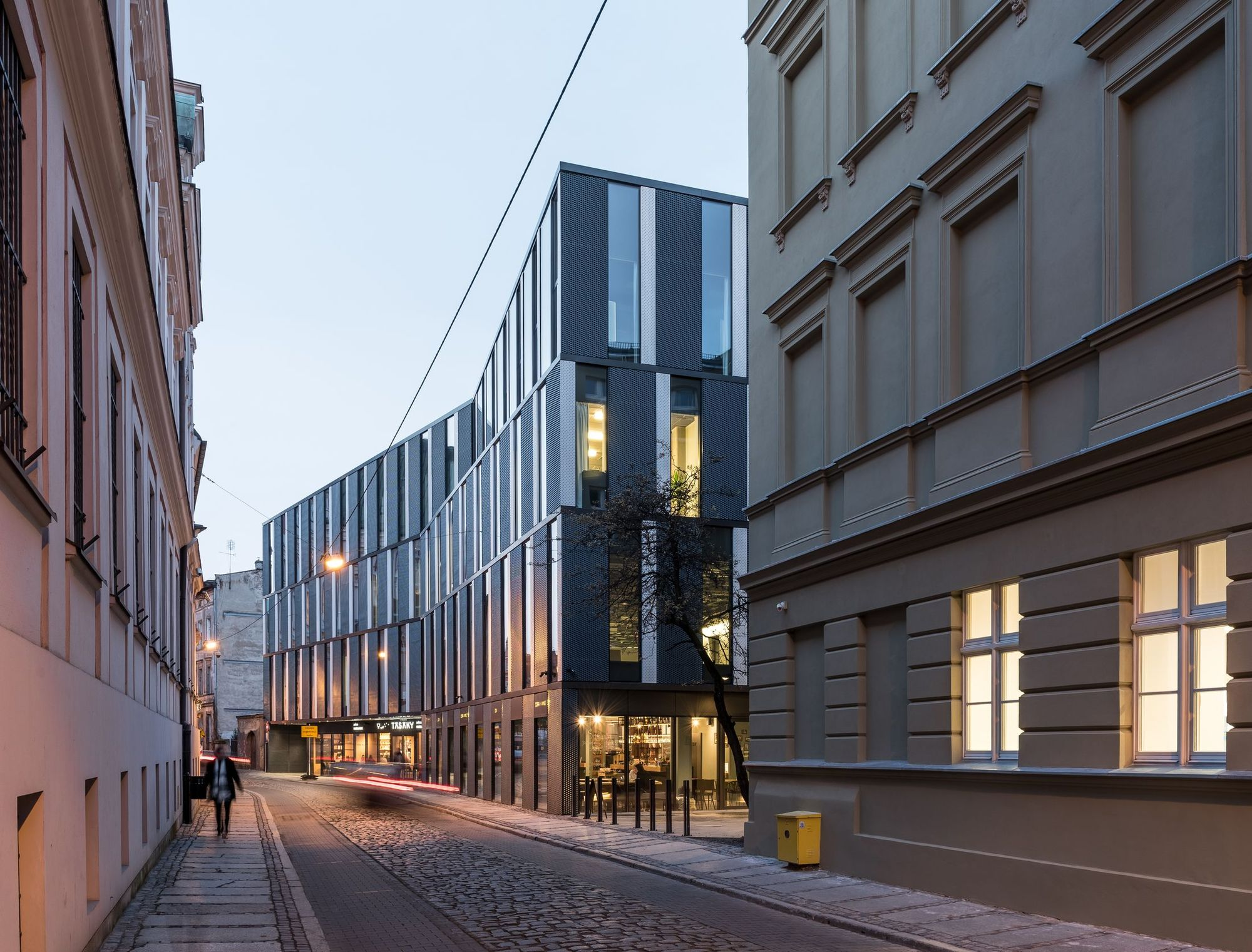 Office Building In Za Bramką Street Ultra Architects