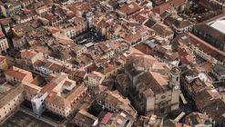 ¿Es posible volver a vivir en el centro de las ciudades? #OlotMésB dice sí