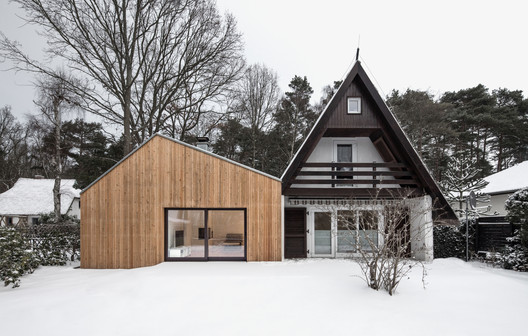 Altneuhaus – Extension of a Holiday Home / Roland Unterbusch Architekt