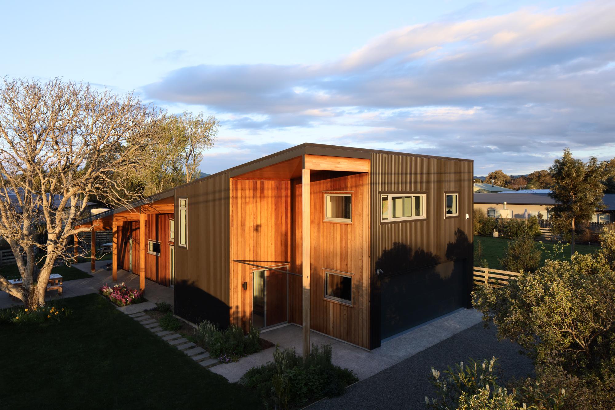 House Planes Gallery Of The Wairarapa Haybarn First Light Studio 6