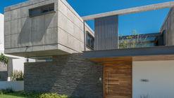Casa SEKIZ / Di Frenna Arquitectos