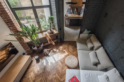 Pequeña transformación en Lviv / replus design bureau