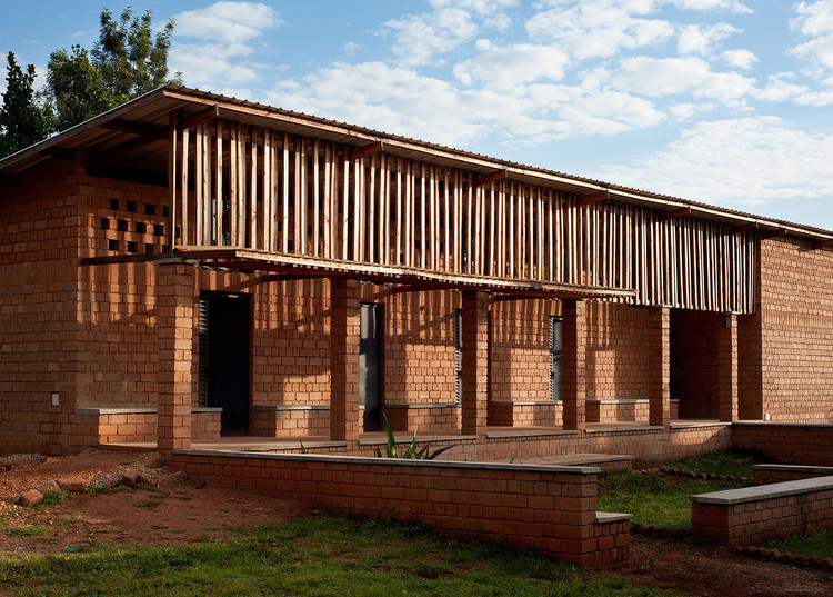 RUCID College for Organic Agriculture / Studio FH Architects + Light Earth Designs, © Will Boase Photography