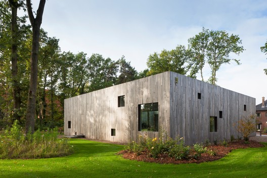 Square House  / Cocoon Architecten
