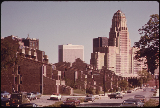 The Shorelines Apartments in 1975, shortly after opening. Image Courtesy of EPA/Library of Congress