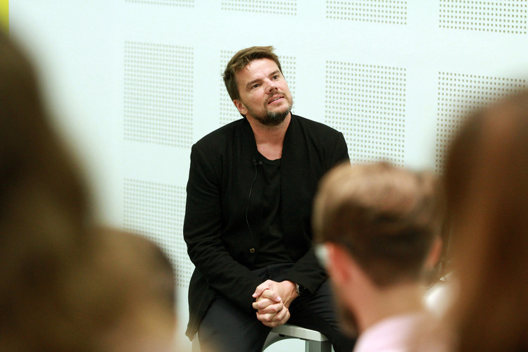 "Bjarke Ingels: ""No Matter How Wonderful a Building Is; If There Is No Client, It Doesn't Get Built"", Bjarke Ingels en la pasada edición del Congreso Internacional de Arte, Arquitectura y Diseño UDESIGN 2017. Image Cortesía de UDEM"