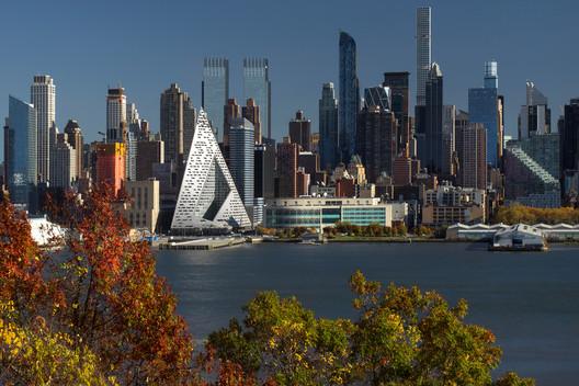 VIA 57 West (spotlight) in Manhattan. Image © Nic Lehoux