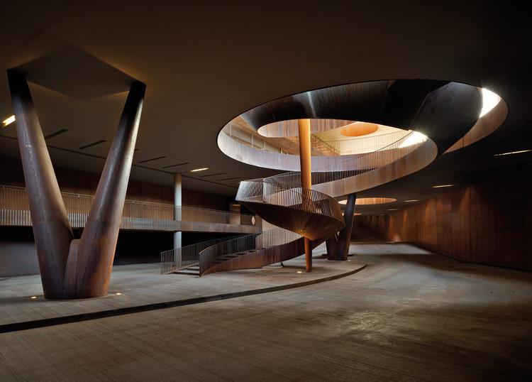 Fotos da Semana: 15 escadas impressionantes, © Pietro Savorelli