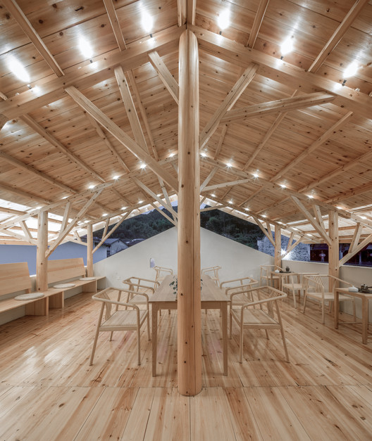 Second floor north side. Image © Yilong Zhao