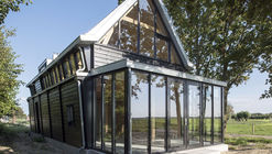 Fort Keepers Residence / Eek en Dekkers