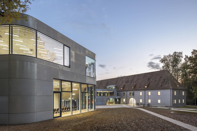 Architekten Friedrichshafen gallery of dam selects visionary frankfurt housing project as