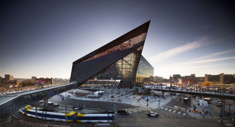 U.S. Bank Stadium: A Game-Changing, Multi-Purpose NFL Stadium, © Nic Lehoux