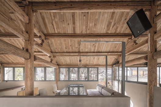Two storey interior parts. Image © Weiqi Jin