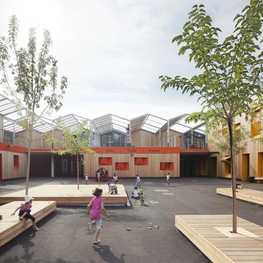 Extensão do Grupo Escolar Saint-Isidore / ANMA