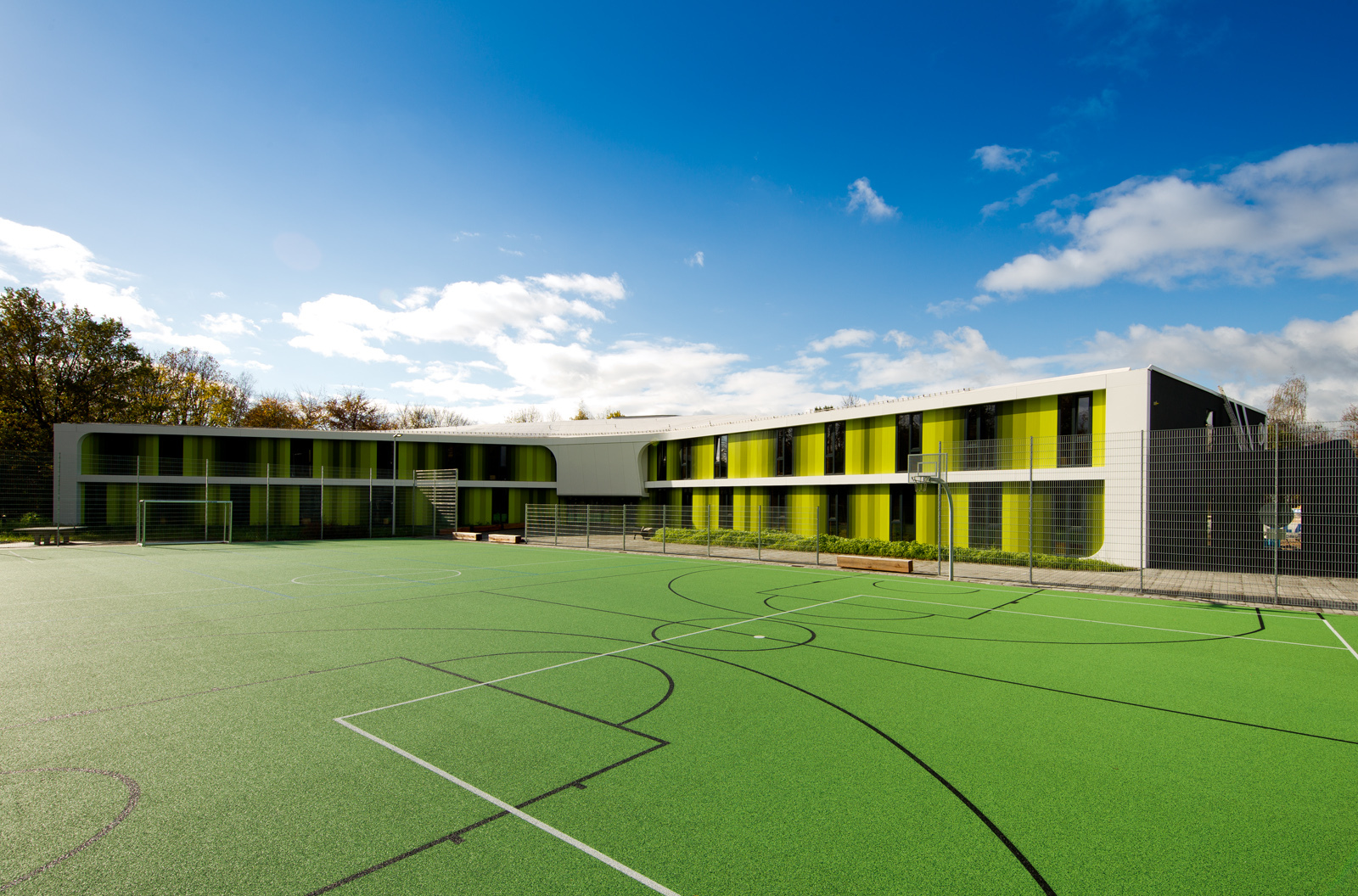 Sports Youth Hostel / LAVA & WENZEL + WENZEL   ArchDaily