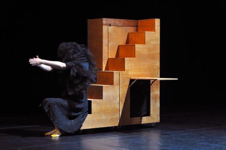 Uma Bailarina Espe(ta)cular / Moradavaga, Cortesia de Moradavaga