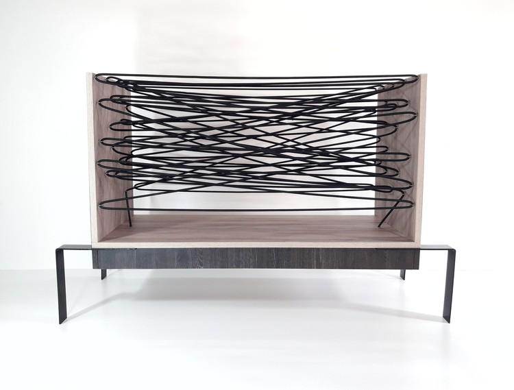 Este mueble se inspira en el método de supervivencia de las arañas, Cortesía de Alessandro Criscito