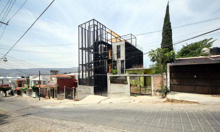 Departamentos El Pino / Apaloosa Estudio de Arquitectura y Diseño, © Carlos Berdejo Mandujano