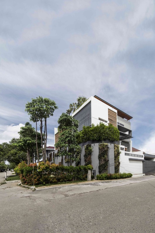 Pedongkelan-YN House / HYJA, © Ernest Theofilus