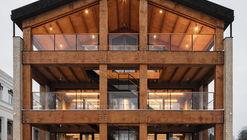 Wooden Office / AB CHVOYA