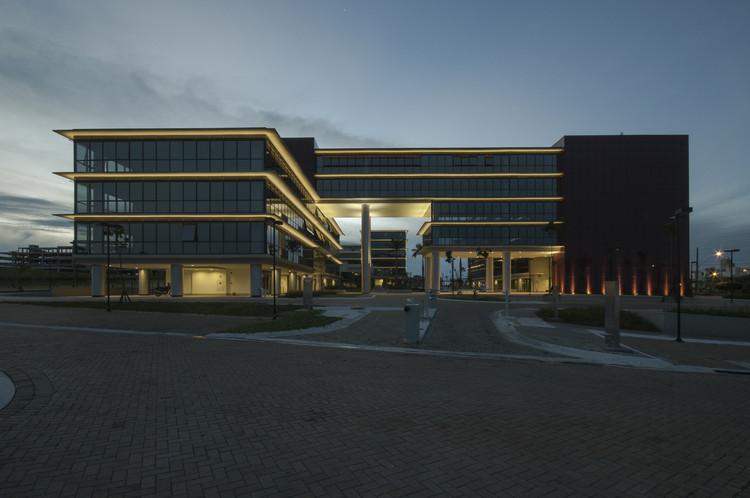 Georgina Business Park / Ilha Arquitetura, © Ricardo Milani