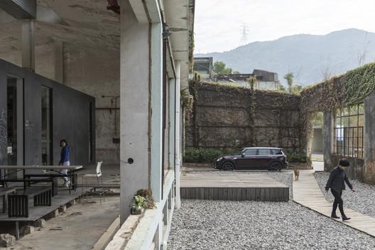 ArchDaily X MINI Clubman: uma iniciativa de recuperação de edifícios