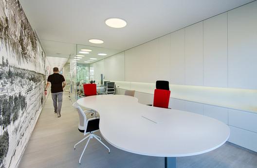 Reforma integral oficinas Grupo Antón / Estudio Rocamora Diseño & Arquitectura