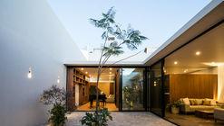 Campestre House / TAAB
