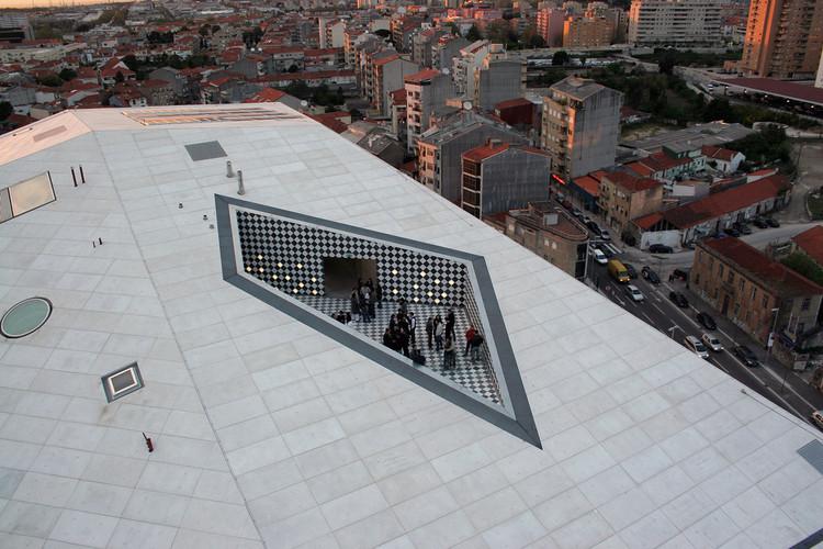 Guia de arquitetura do Porto conta 75 anos de história da cidade, Casa da Música. Image © OMA