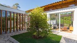 Casa em Itatiba / Rassini Arquitetura