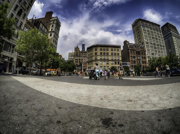 Cidade compacta, cidade dispersa: entenda o que é a forma urbana, Uma regulação urbana eficiente é essencial para criar áreas urbanas mais compactas e conectadas. Image © Roman Kruglov, via Flickr. Licença CC BY-NC-ND 2.0