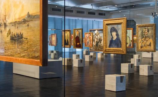 Sao Paulo Museum of Art (MASP) / Lina Bo Bardi reviewed by METRO Arquitetos. Image © Romullo Baratto