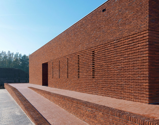Courtesy of Bedaux de Brouwer Architects