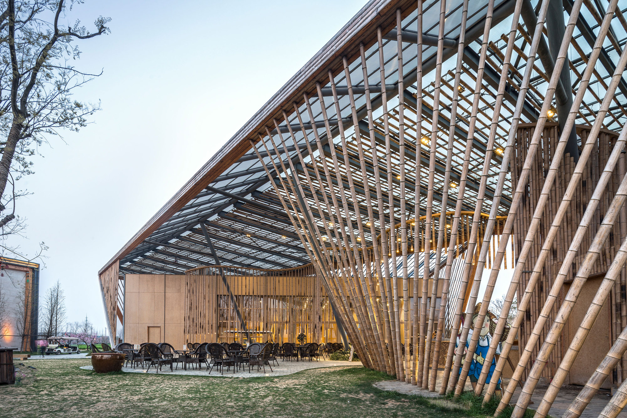Foyer Architecture Zone : New pastoralism lecture hall syn architects archdaily
