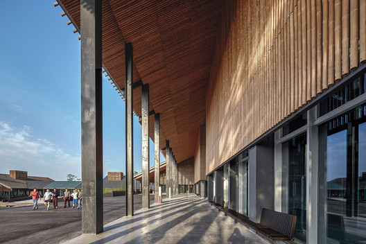 Meiyi Square Visitor Centre Roof Material Texture. Image © ARCH-EXIST