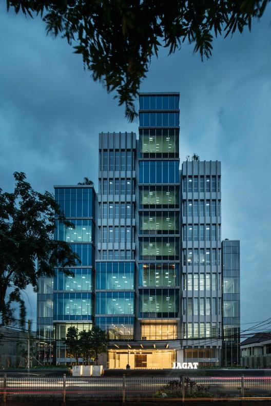 Jagat Tower / Sindhu Hadiprana Design Consultant & Studio Sa_e, © Lindung Soemarhadi