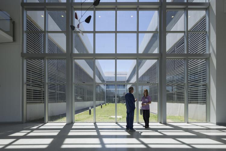 Hospital Dr. Gutiérrez / Mario Corea Arquitectura + Unidad de proyectos Especiales del Gobierno de Santa Fe, © Gustavo Frittegotto